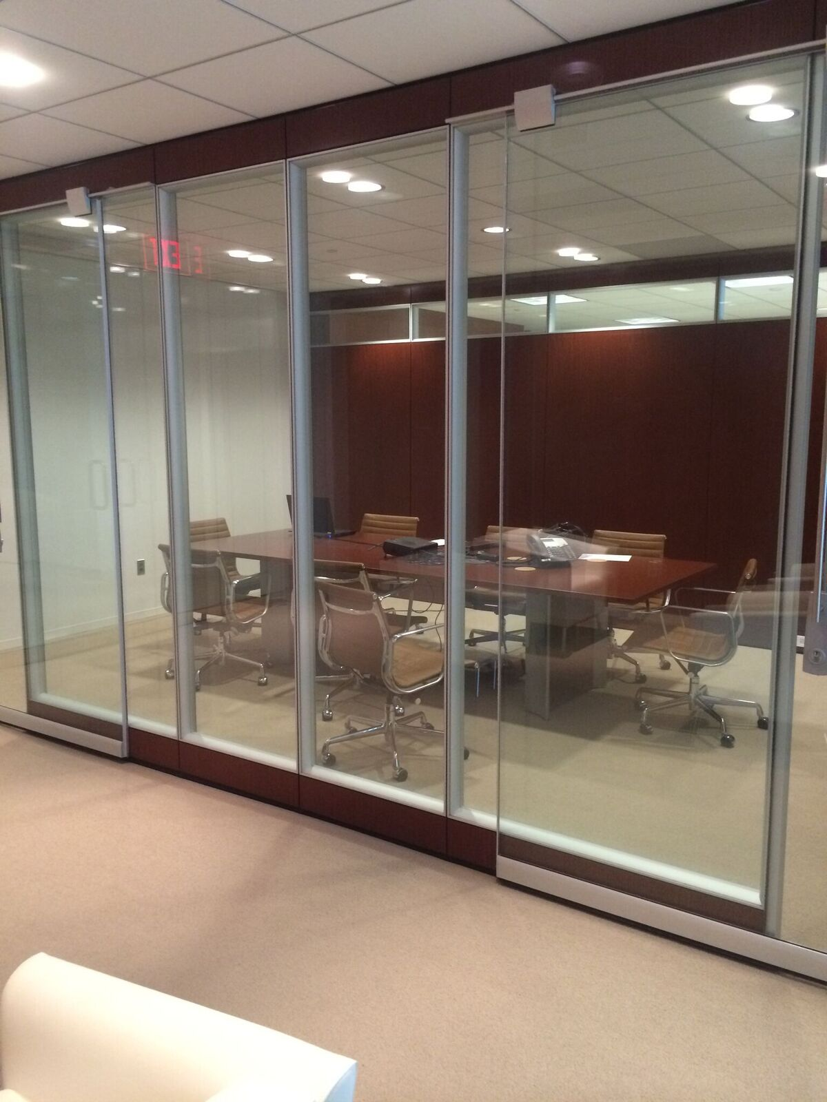 Roller Consulting (King of Prussia, PA) – Floor-to- Ceiling Teknion Fascia Installation 2015/2016